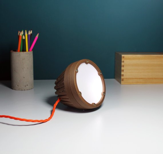 U Rok Design - a wooden 3d printed light